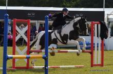 Side saddle jumping